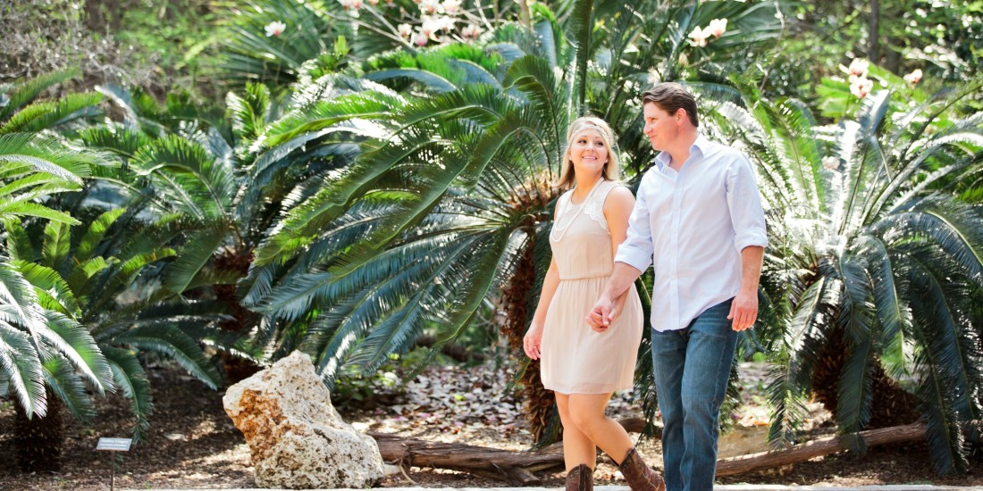 BOTANICAL GARDEN ENGAGEMENT